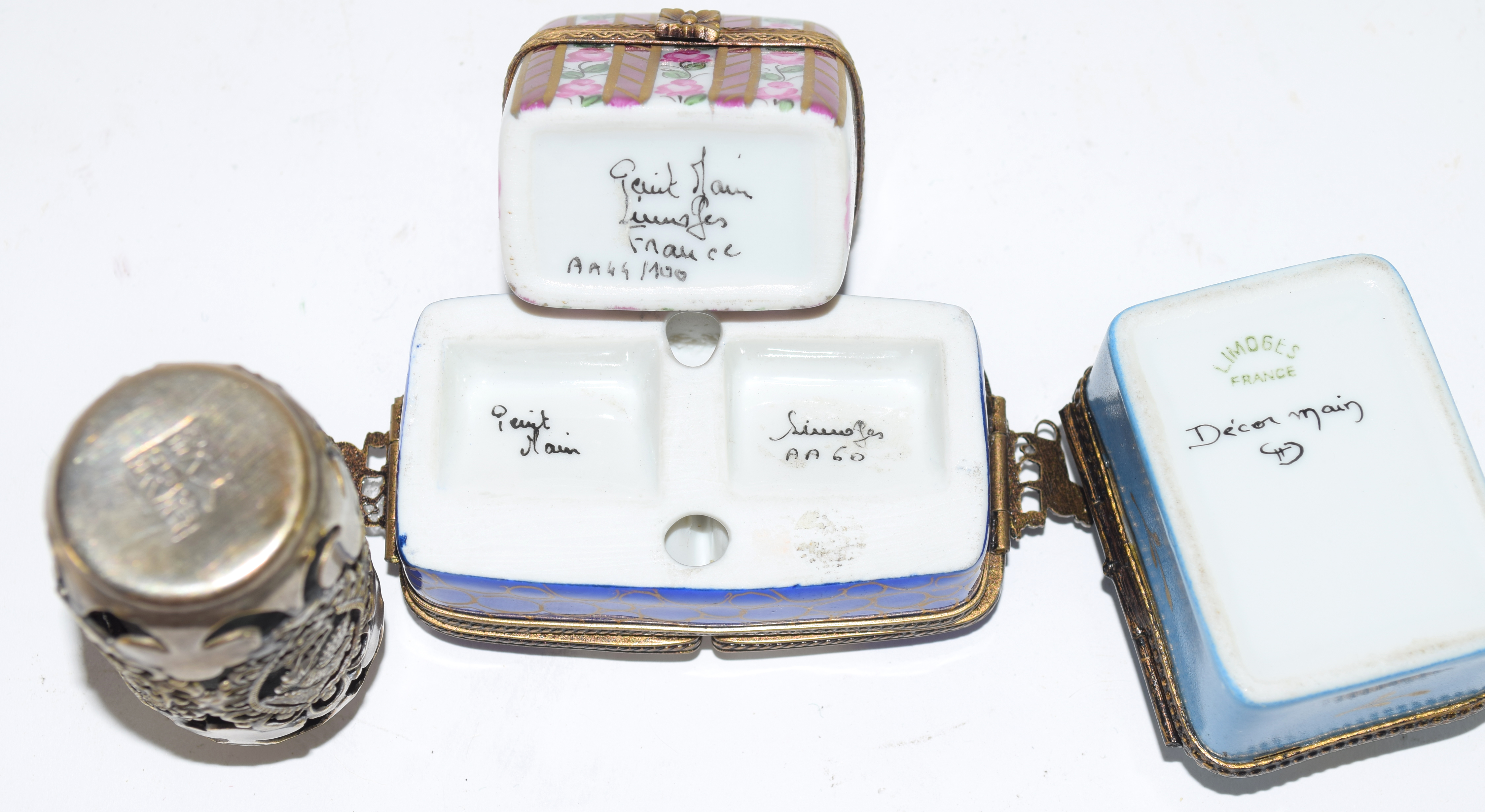 Small plastic bag containing quantity of 19th century enamel boxes by Limoges, (4) - Image 5 of 5