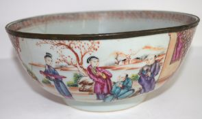 18th century Chinese porcelain bowl decorated in polychrome with Chinese figures, 20cm diam (old