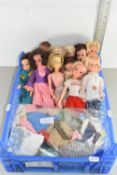 BOX CONTAINING QTY OF SINDY/BARBIE TYPE DOLLS AND CLOTHING