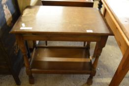 JOINTED OCCASIONAL TABLE WITH TURNED LEGS, WIDTH APPROX 68CM