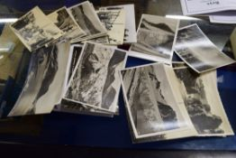 BOX OF VARIOUS VINTAGE POSTCARDS AND PHOTOGRAPHS TO INCLUDE RANGE OF PHOTOS FROM CRUISE SHIP JOURNEY