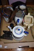 MIXED LOT: FOLEY WARE TEA POT AND HOT WATER JUG, MODERN MANTEL CLOCK, JAPANESE WOODEN BOWL ETC