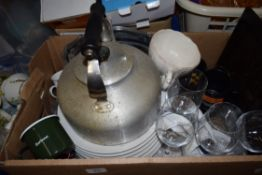 BOX OF MIXED WARES TO INCLUDE LARGE ALUMINIUM KETTLE, VARIOUS CERAMICS AND GLASS ETC