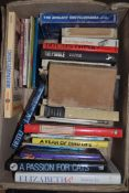 BOX OF MIXED BOOKS INCLUDING CATS ETC