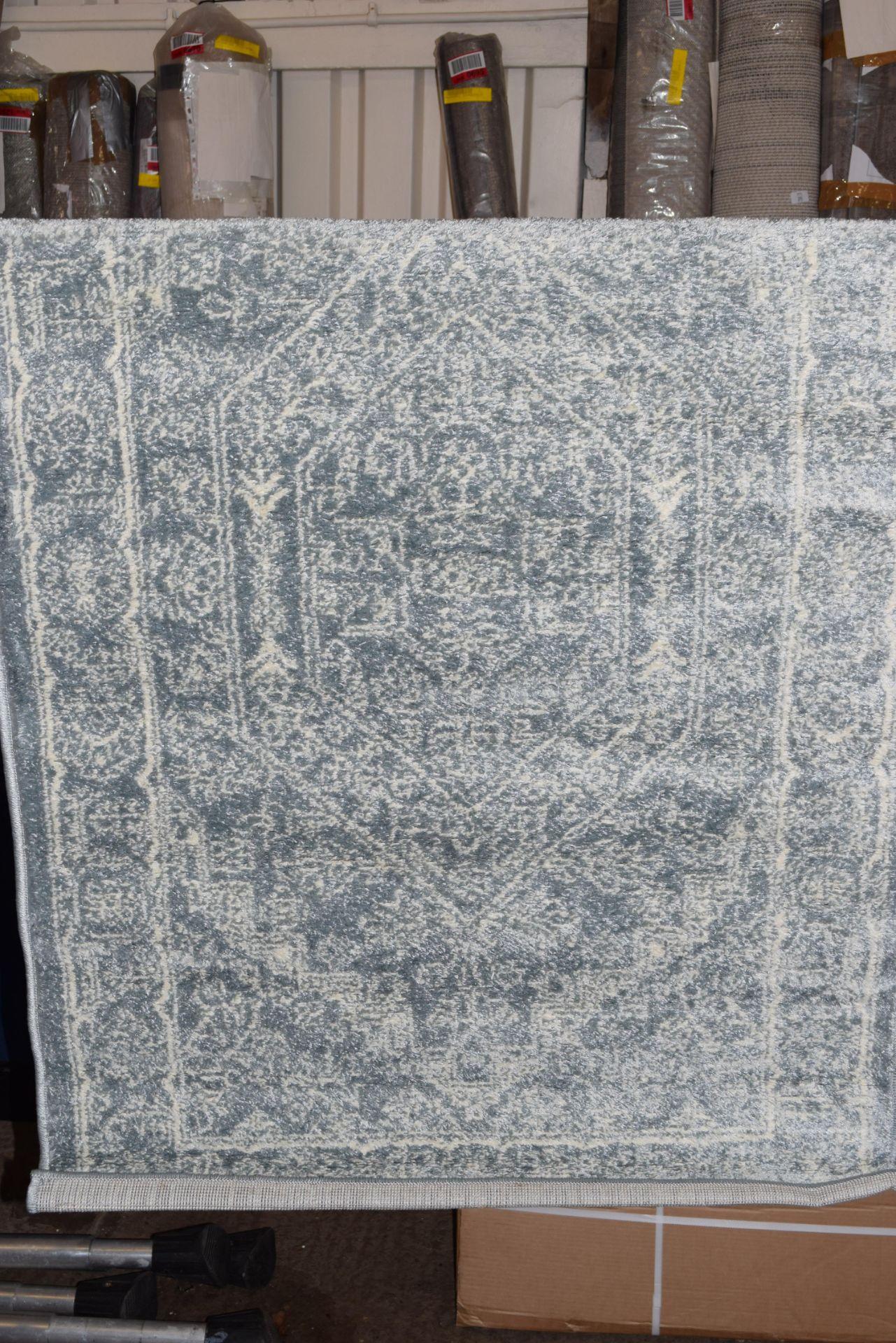 Fleur de lys live in Esqueda slate/ivory rug, 90 x 150. RRP £28.99 - Image 2 of 2
