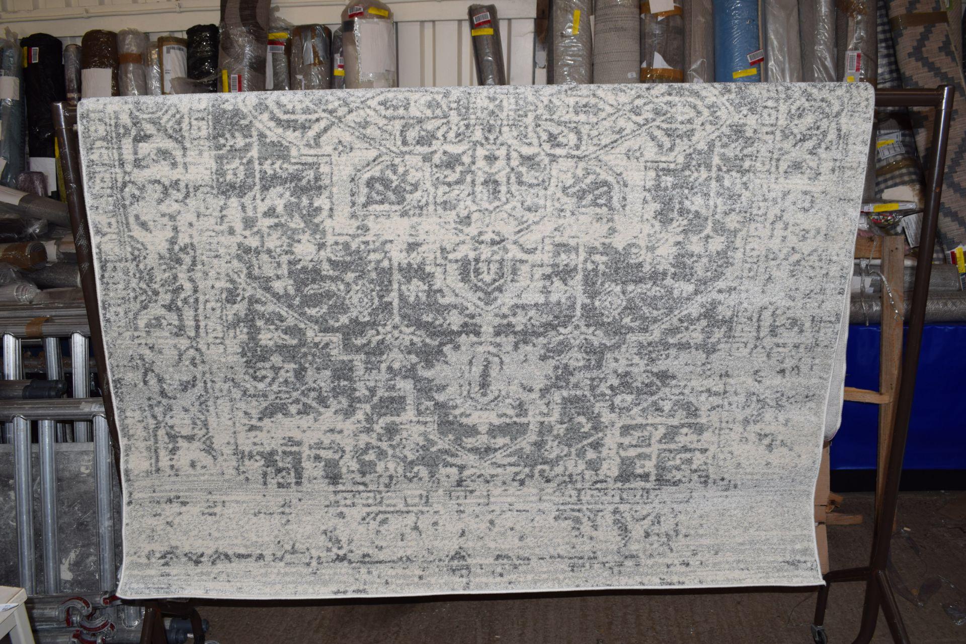 Surya Harpert rug, 160 x 220cm