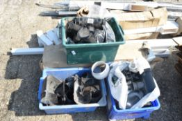 LARGE QTY OF DRAINAGE AND GUTTERING PARTS