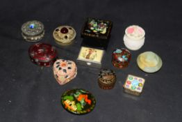 Collection of various mixed trinket and pill boxes to include Maltese enamelled example, Uzbek black