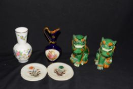 Mixed lot comprising a pair of contemporary Chinese Foo dogs, an Aynsley Pembroke pattern vase, a