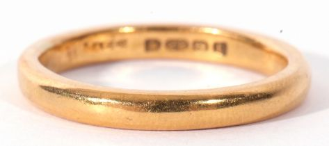 22ct gold wedding ring of plain and polished design, London 1922, 5.8gms, size Q
