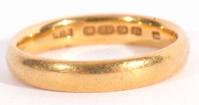 22ct gold wedding ring of plain polished design, 4.8gms, Birmingham 1928, size N