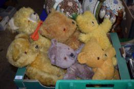 BOX OF VINTAGE TEDDIES