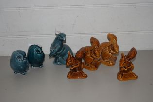 COLLECTION OF POOLE POTTERY MODELS TO INCLUDE SQUIRRELS, OWLS AND AN OTTER