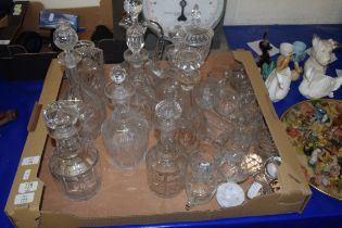 BOX OF MIXED DECANTERS AND DRINKING GLASSES