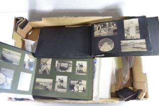 BOX CONTAINING UNFRAMED MIXED PRINTS, ETCHINGS TO INCLUDE IRELAND SNOOKER CHARACTERS PRINT PLUS