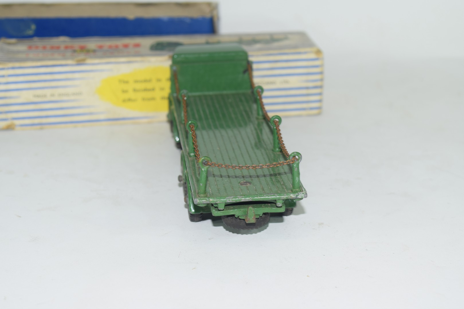 Dinky Supertoys Foden flat truck with chains, No 905 - Image 5 of 5