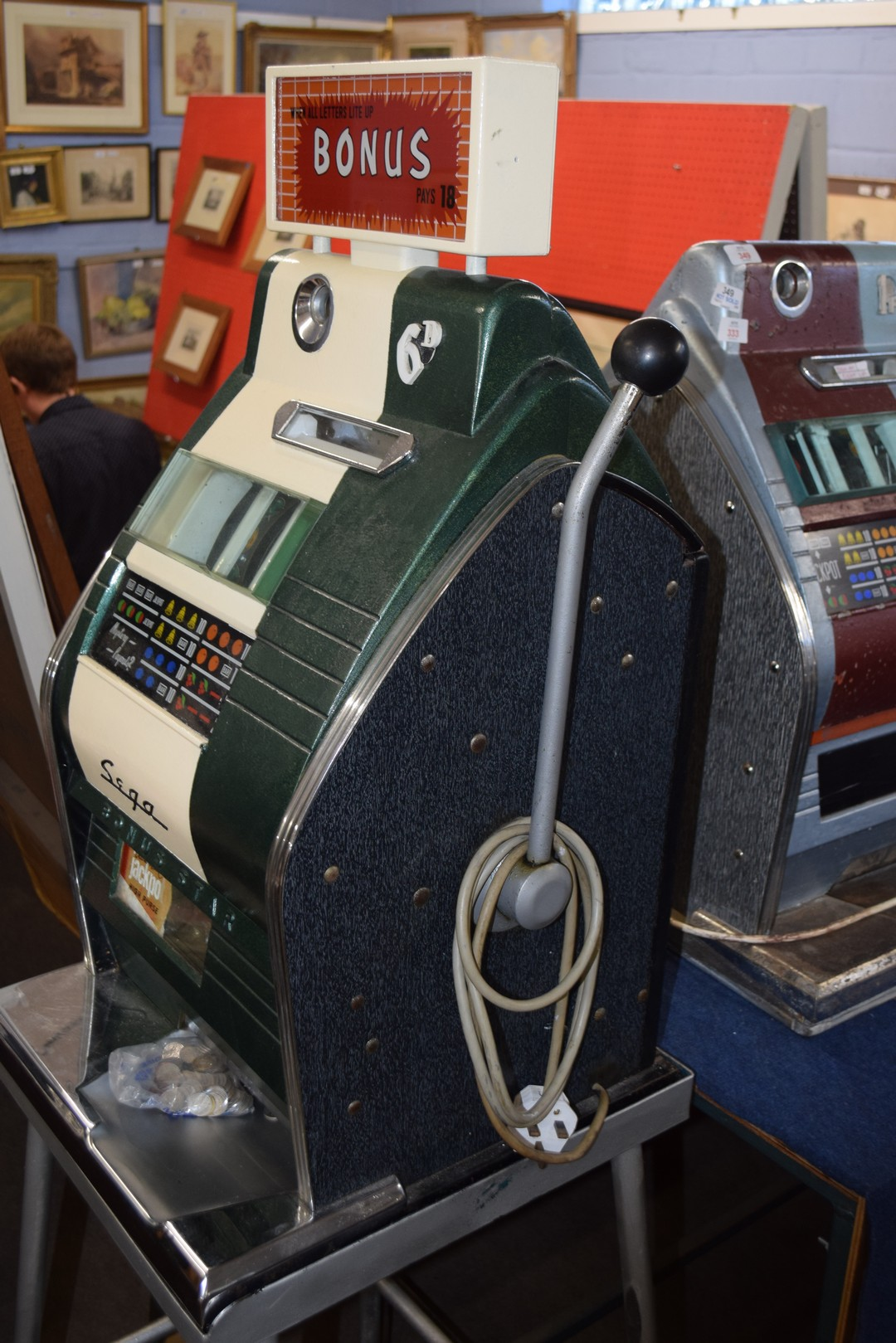 Bonus Star by Sega one-armed bandit fruit machine with electric light-up, approx 80cm high, together - Image 4 of 11