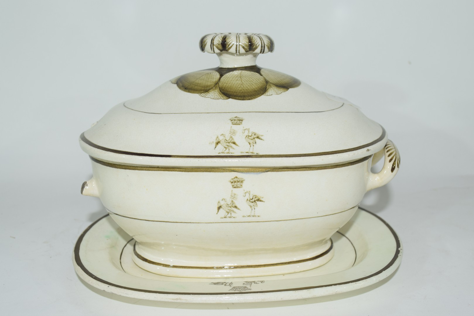 Late 18th century Rogers pearlware small tureen