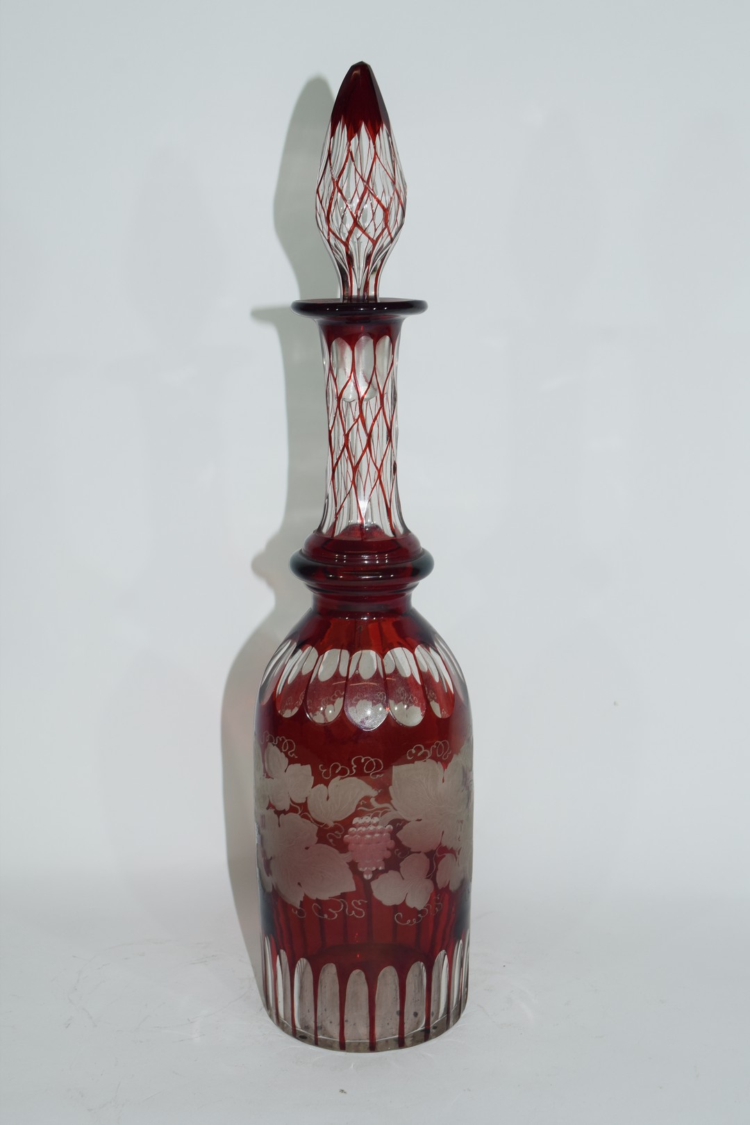 Bohemian style glass decanter and tear drop stopper - Image 3 of 3
