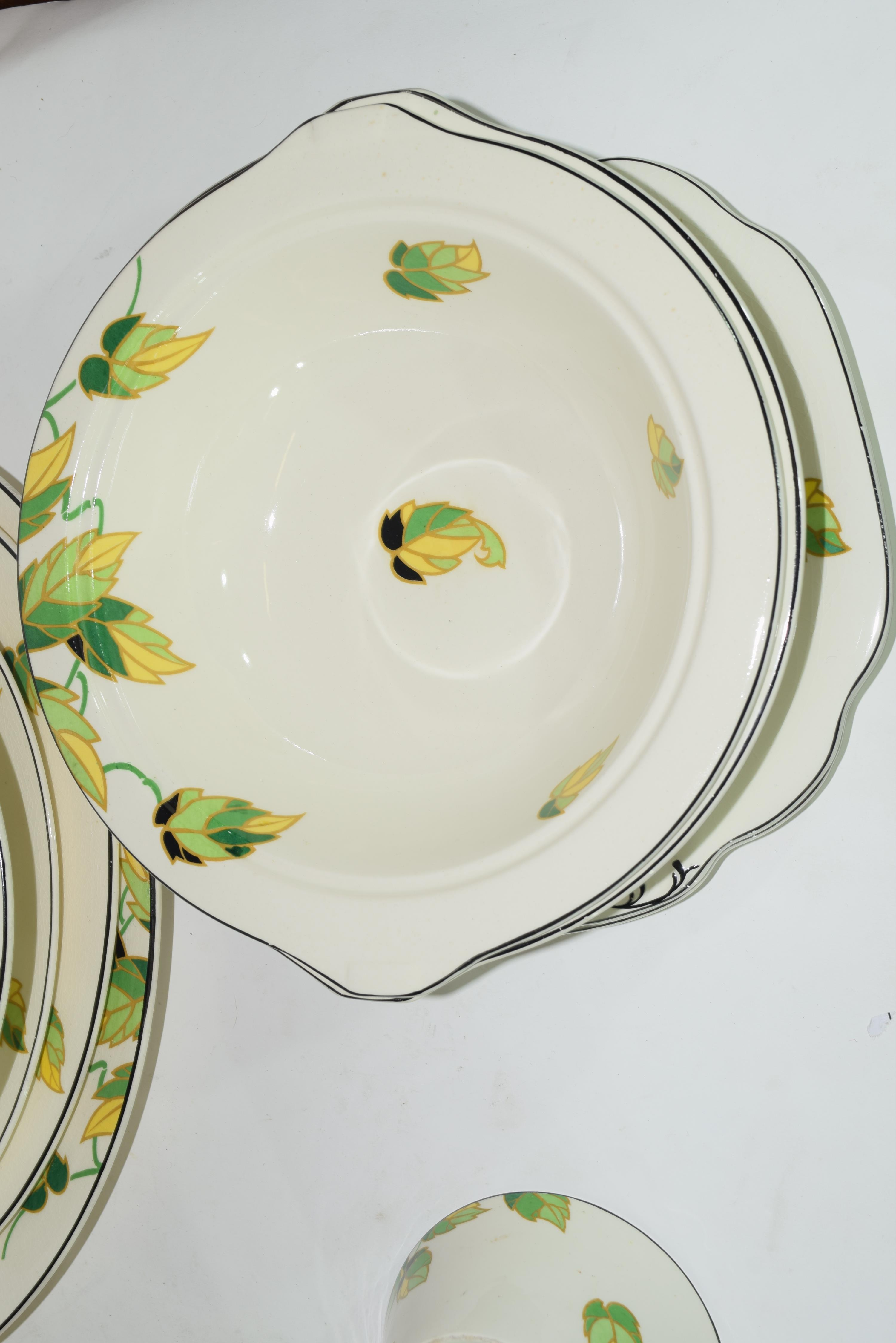 Quantity of Wedgwood dinner wares in Art Deco style - Image 6 of 7