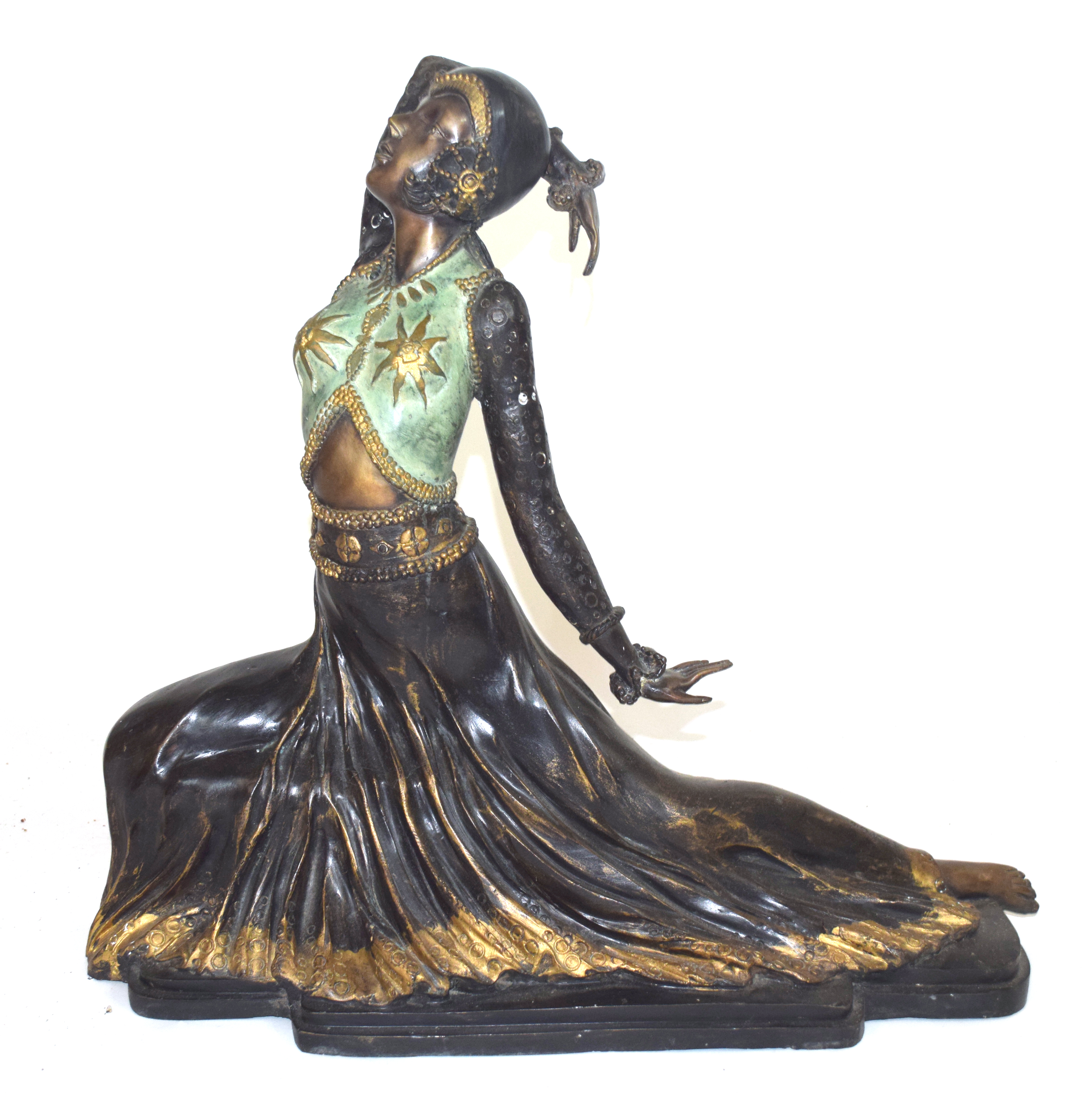 Large and impressive bronze cast model of a Far Eastern, possibly Balinese, dancer,early to mid 20th - Image 2 of 4