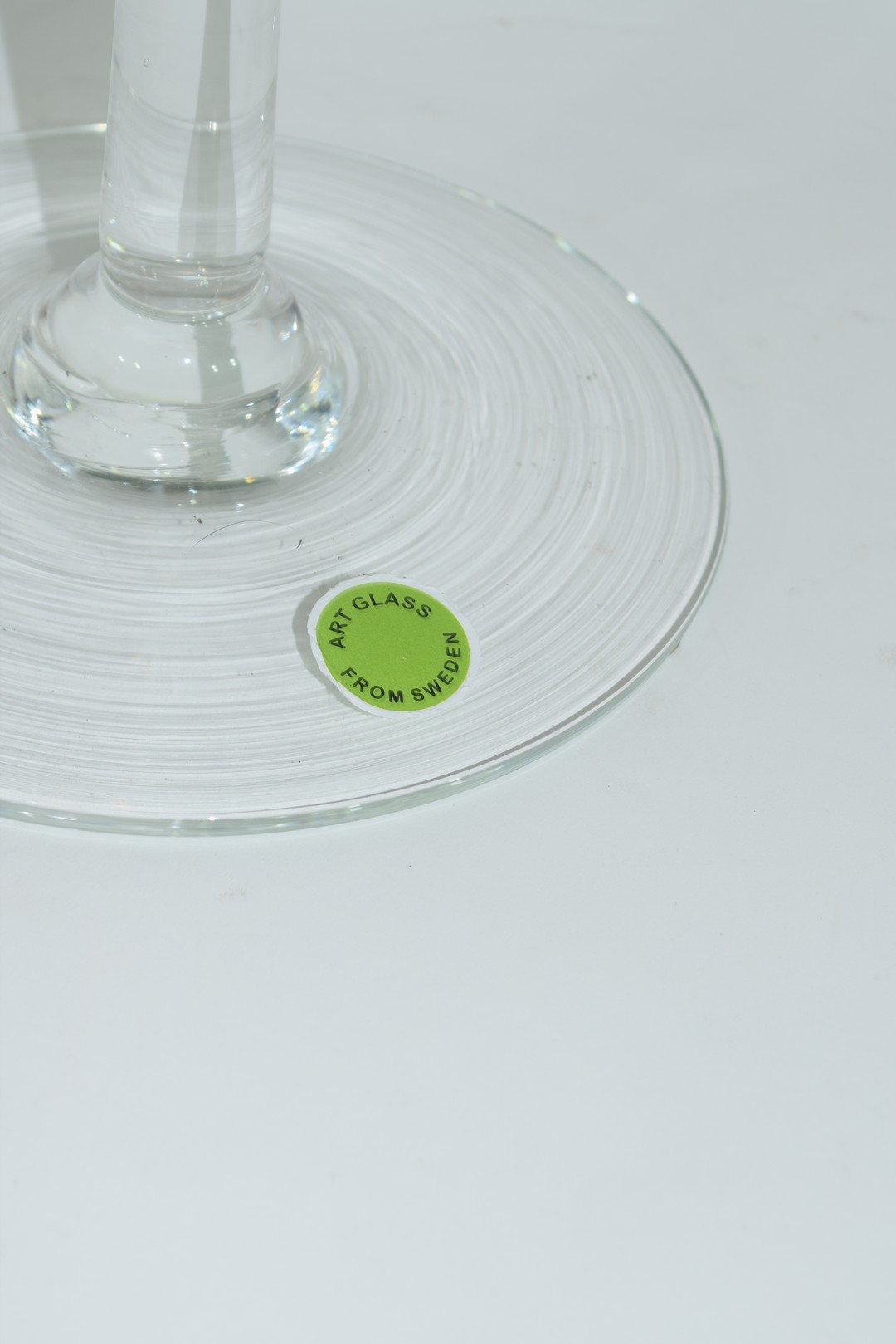 Large clear glass bowl raised on plain stem and foot - Image 3 of 3