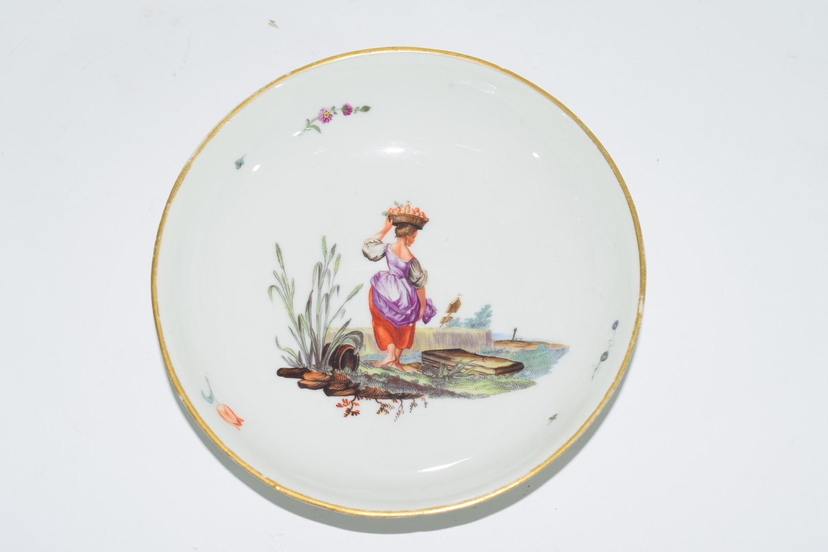 18th century Hochst porcelain saucer