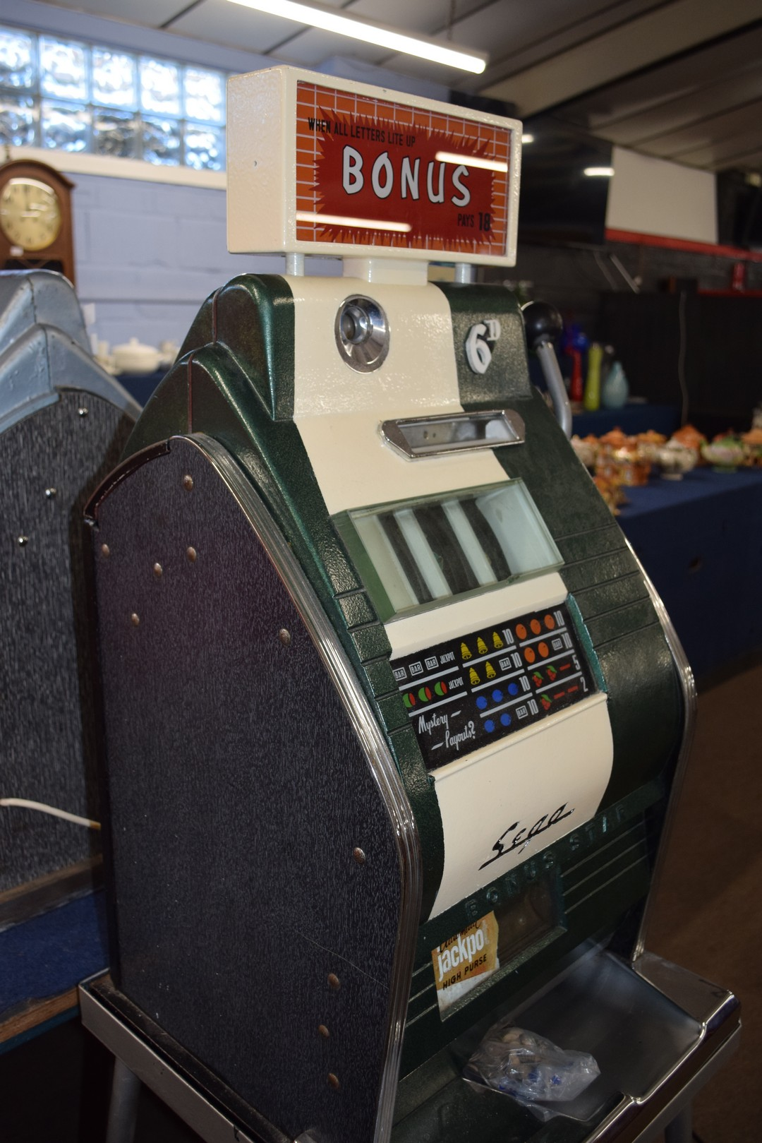 Bonus Star by Sega one-armed bandit fruit machine with electric light-up, approx 80cm high, together - Image 8 of 11