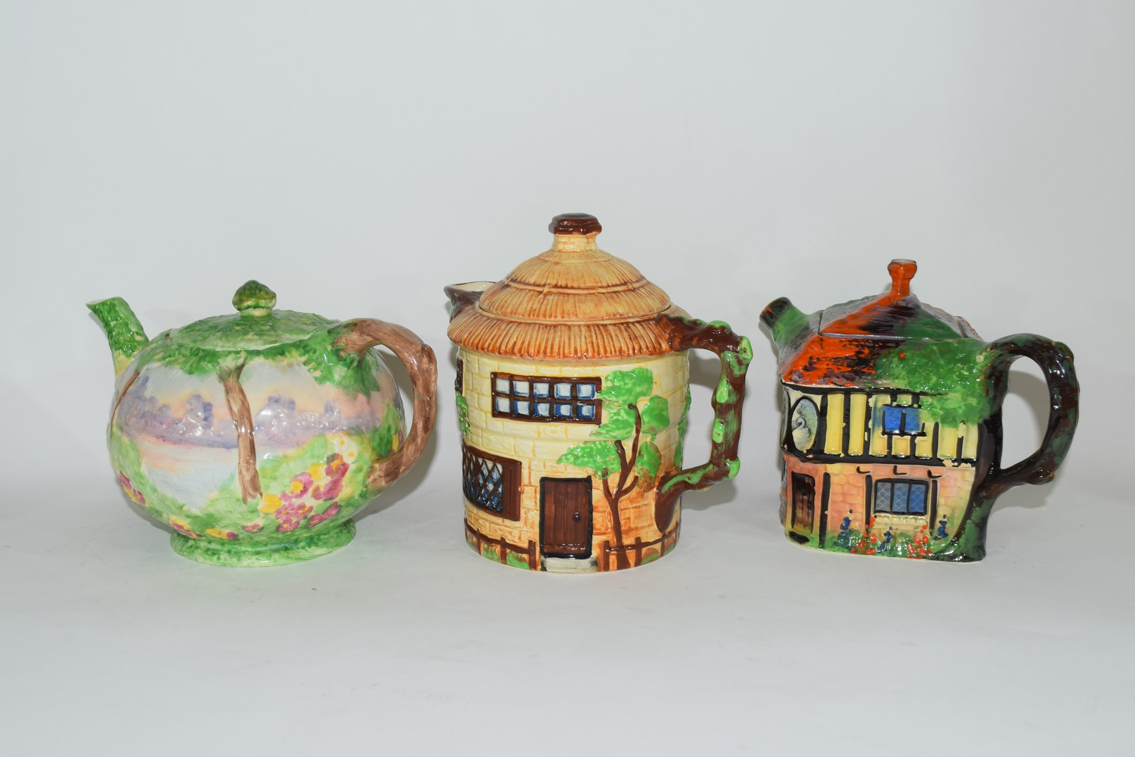 Group of mid-20th century cottage style tea pots - Image 3 of 4
