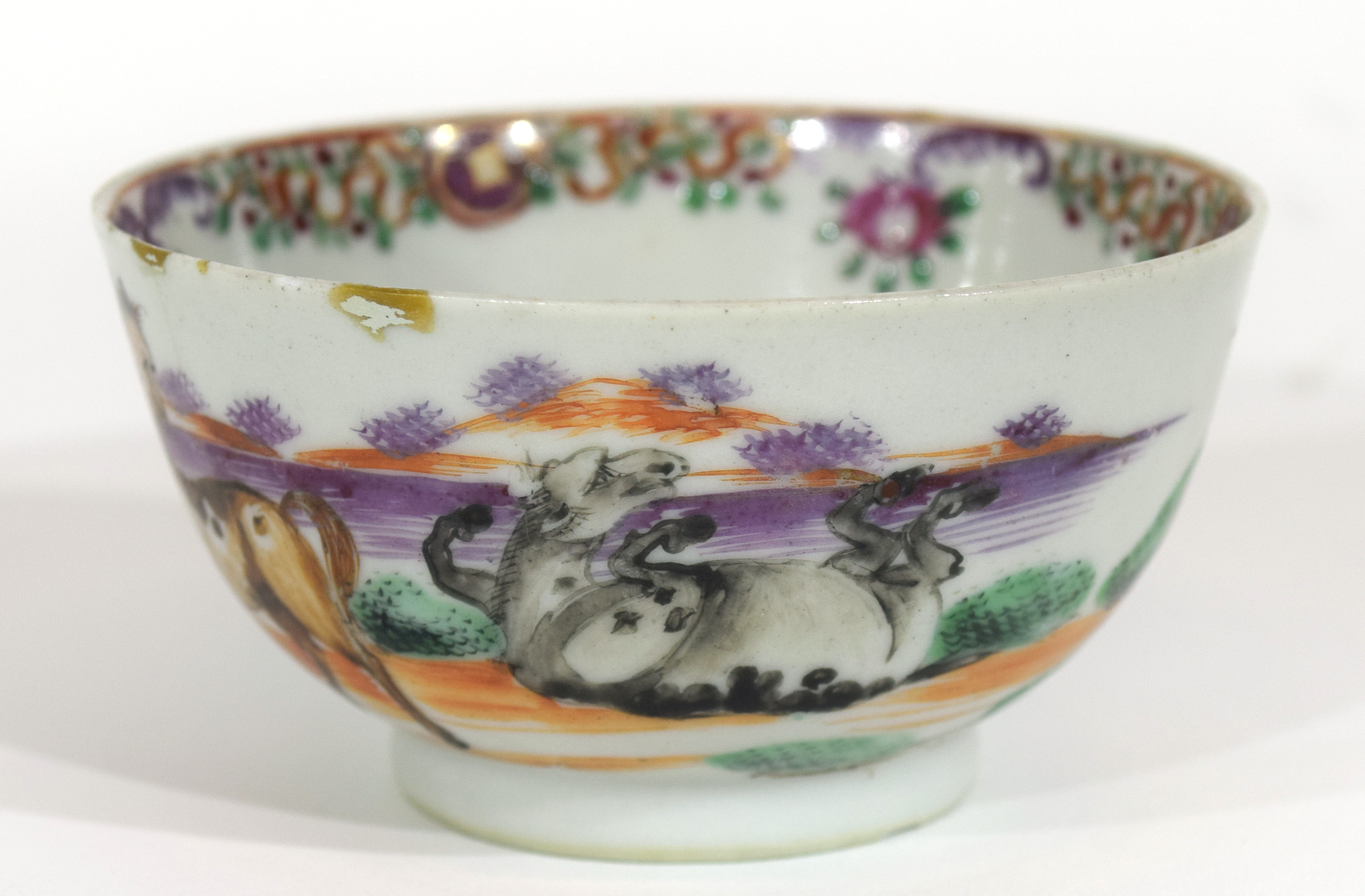 Small Chinese bowl, 18th century - Image 2 of 13