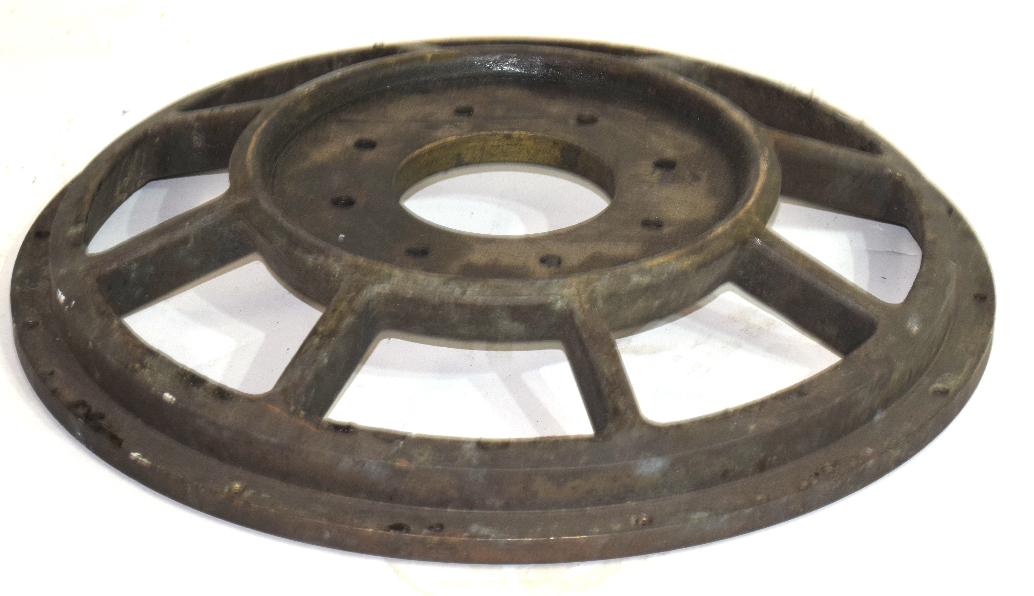 Bronze wheel, diam approx 40cm Condition: Appears to be structurally sound - Image 2 of 2
