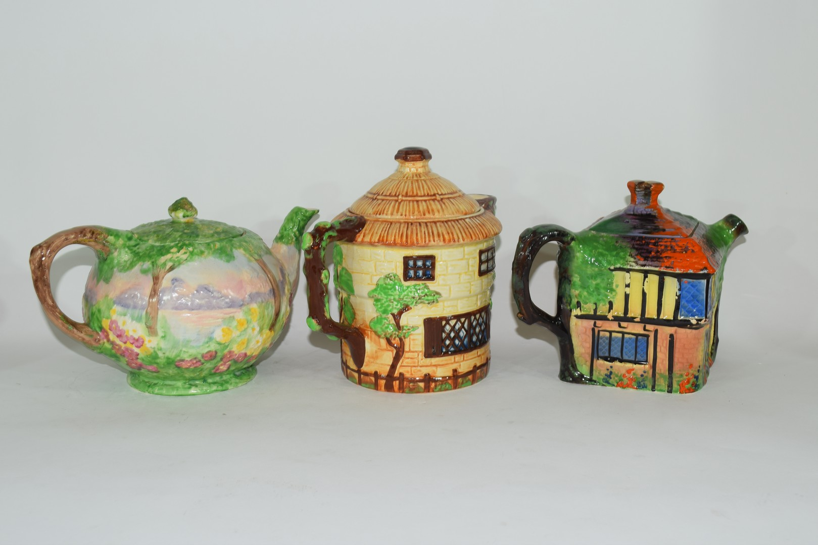 Group of mid-20th century cottage style tea pots - Image 4 of 4