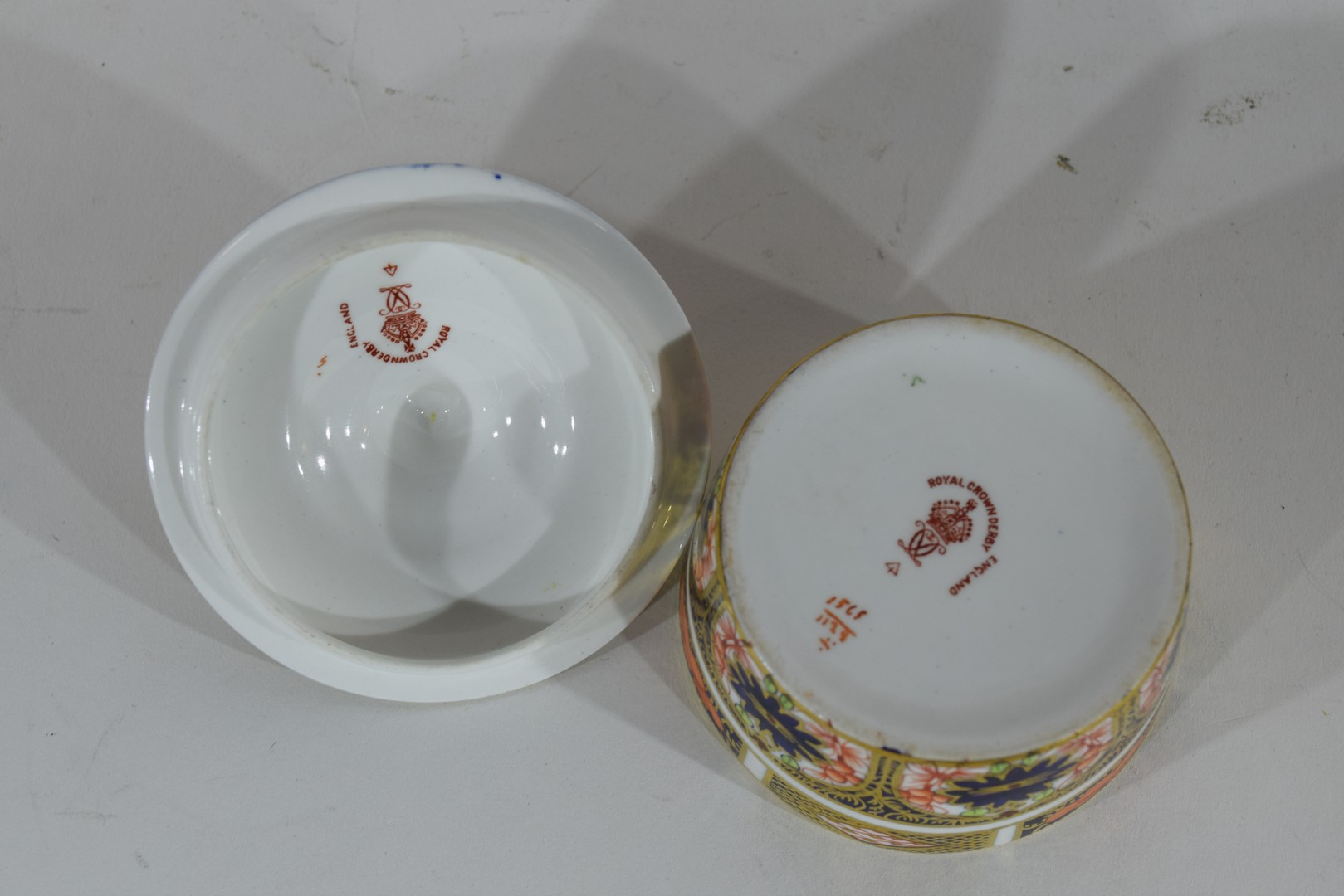 Group of Continental porcelains including a Vienna style cup and saucer - Image 10 of 12