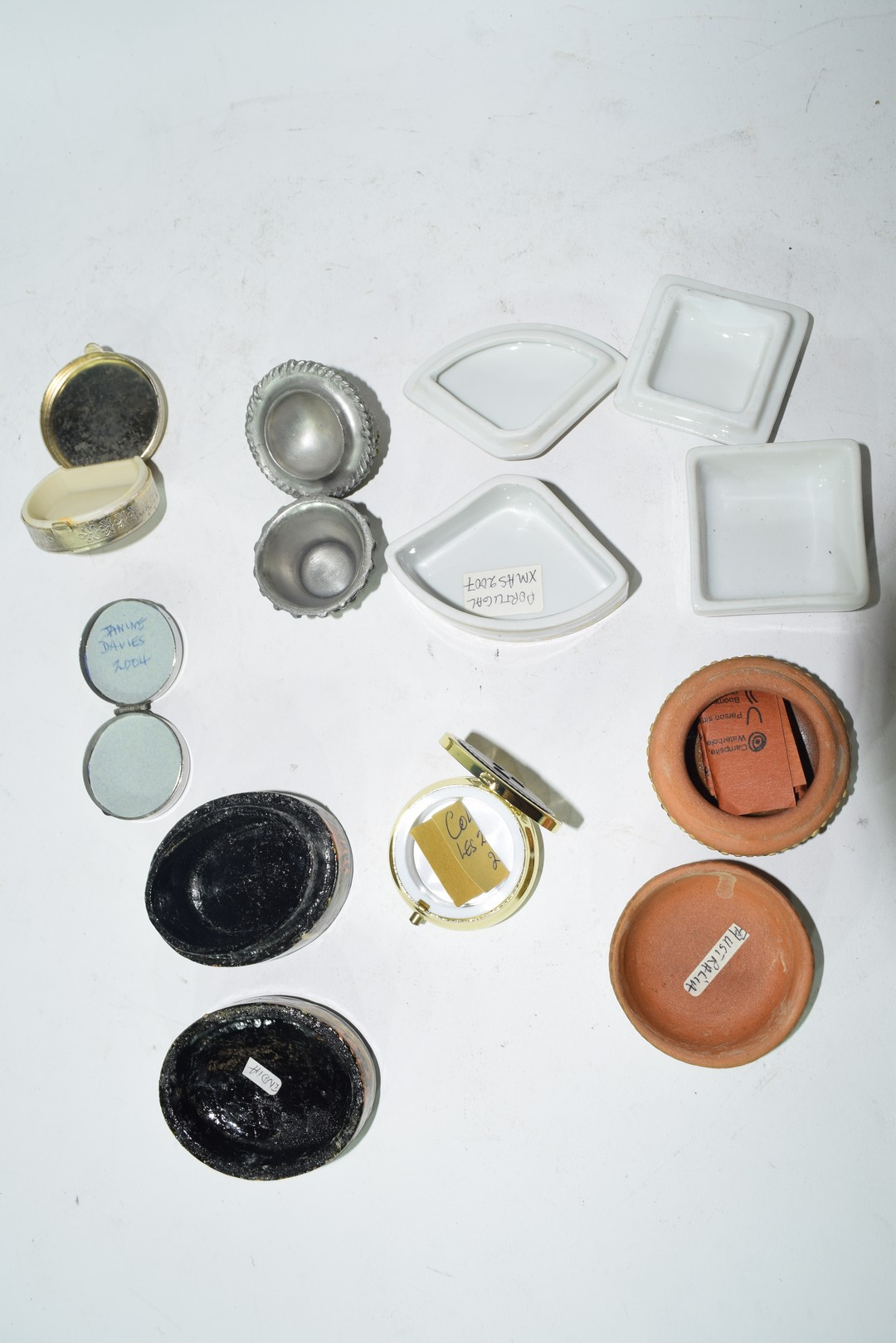 Mixed lot of small pill boxes and trinket boxes - Image 5 of 5