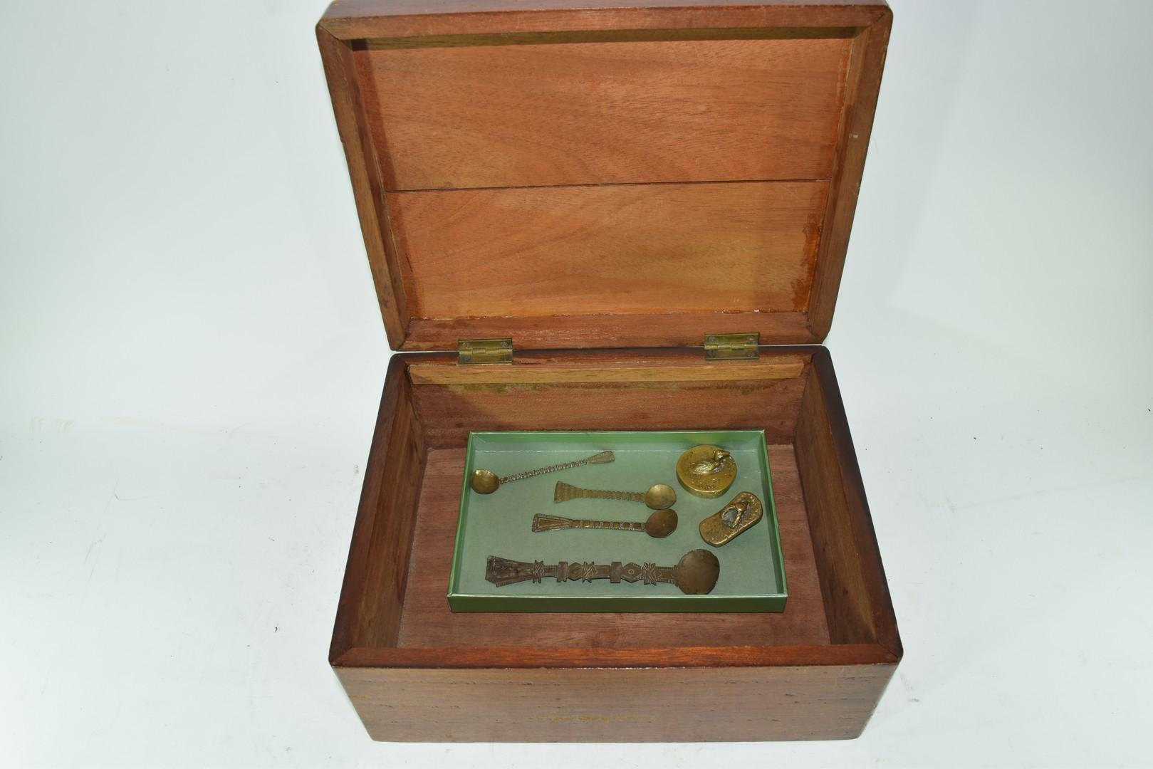 Four various brass Ashanti spoons etc - Image 4 of 4