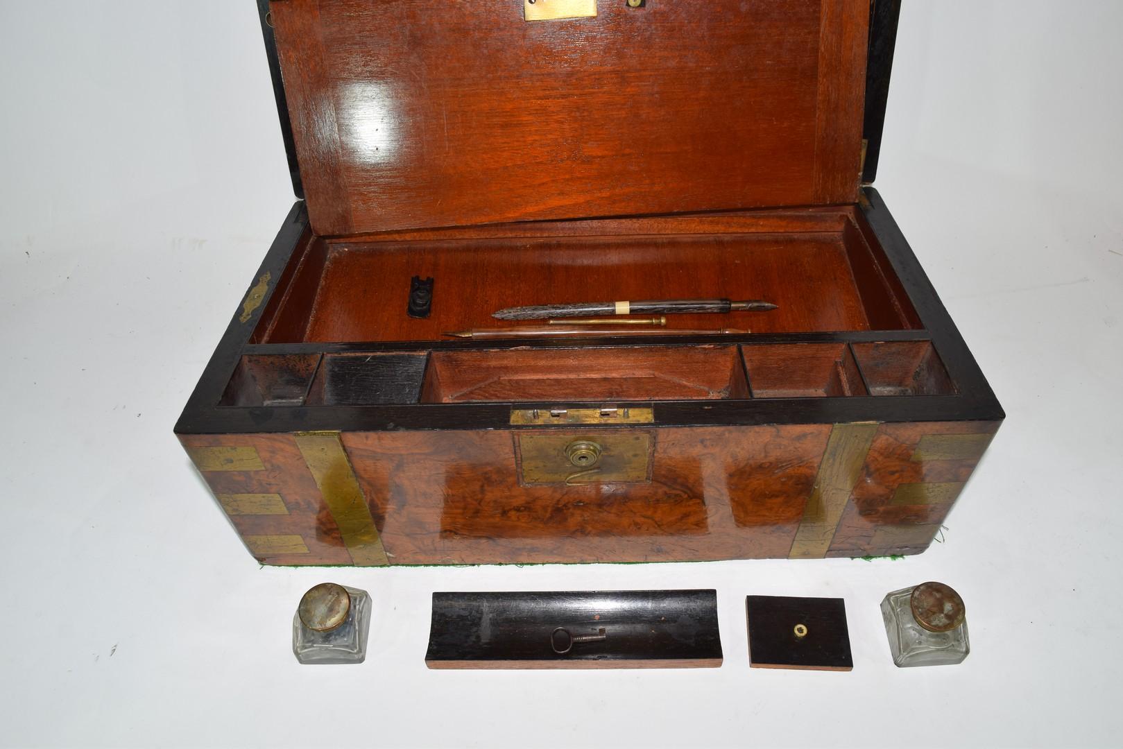 Victorian walnut veneered and brass mounted writing box - Image 8 of 10