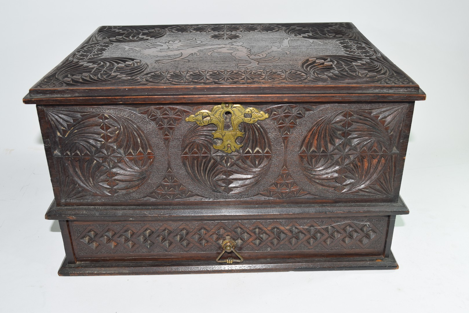 Late 19th/early 20th century Far Eastern table top box - Image 2 of 5