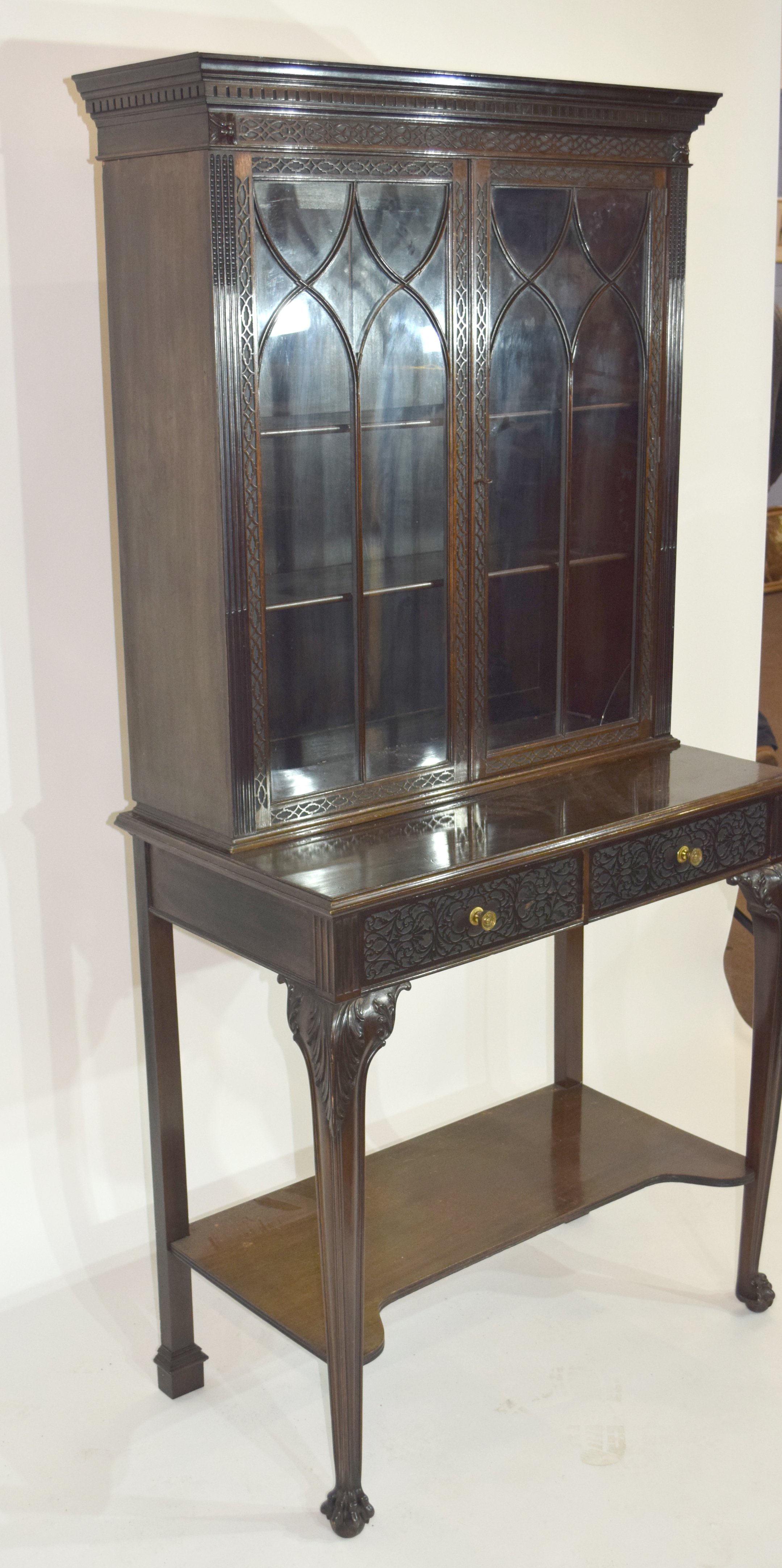 Edwardian mahogany side cabinet with shaped cornice over a top section with two glazed doors and - Image 4 of 7