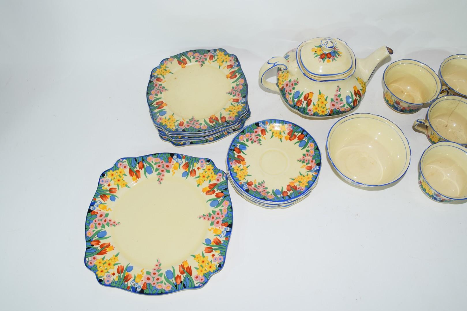 Clarice Cliff Bizarre tea set - Image 3 of 4