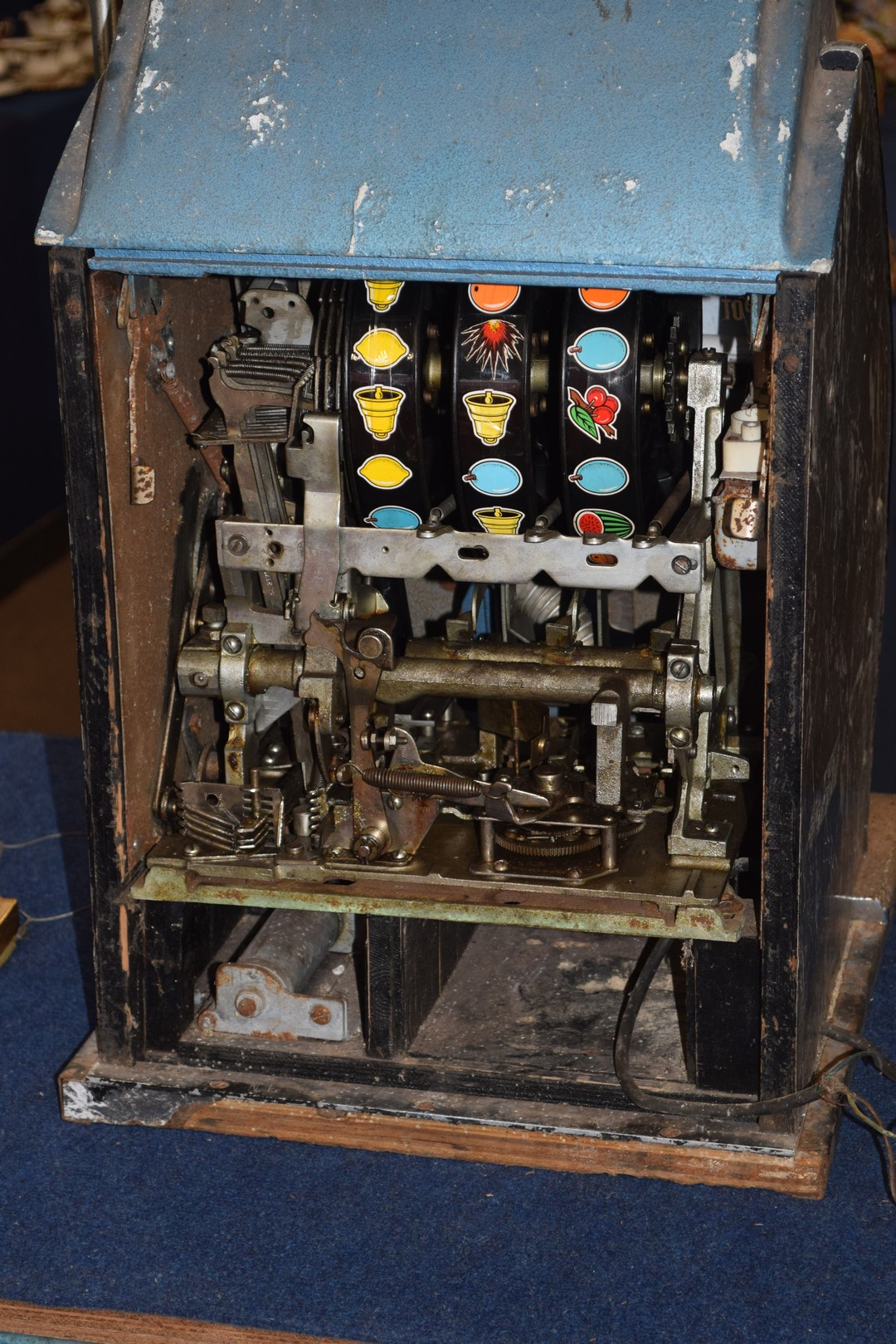 Vintage penny fair one armed bandit fruit machine, 79cm high Condition: - Image 7 of 7
