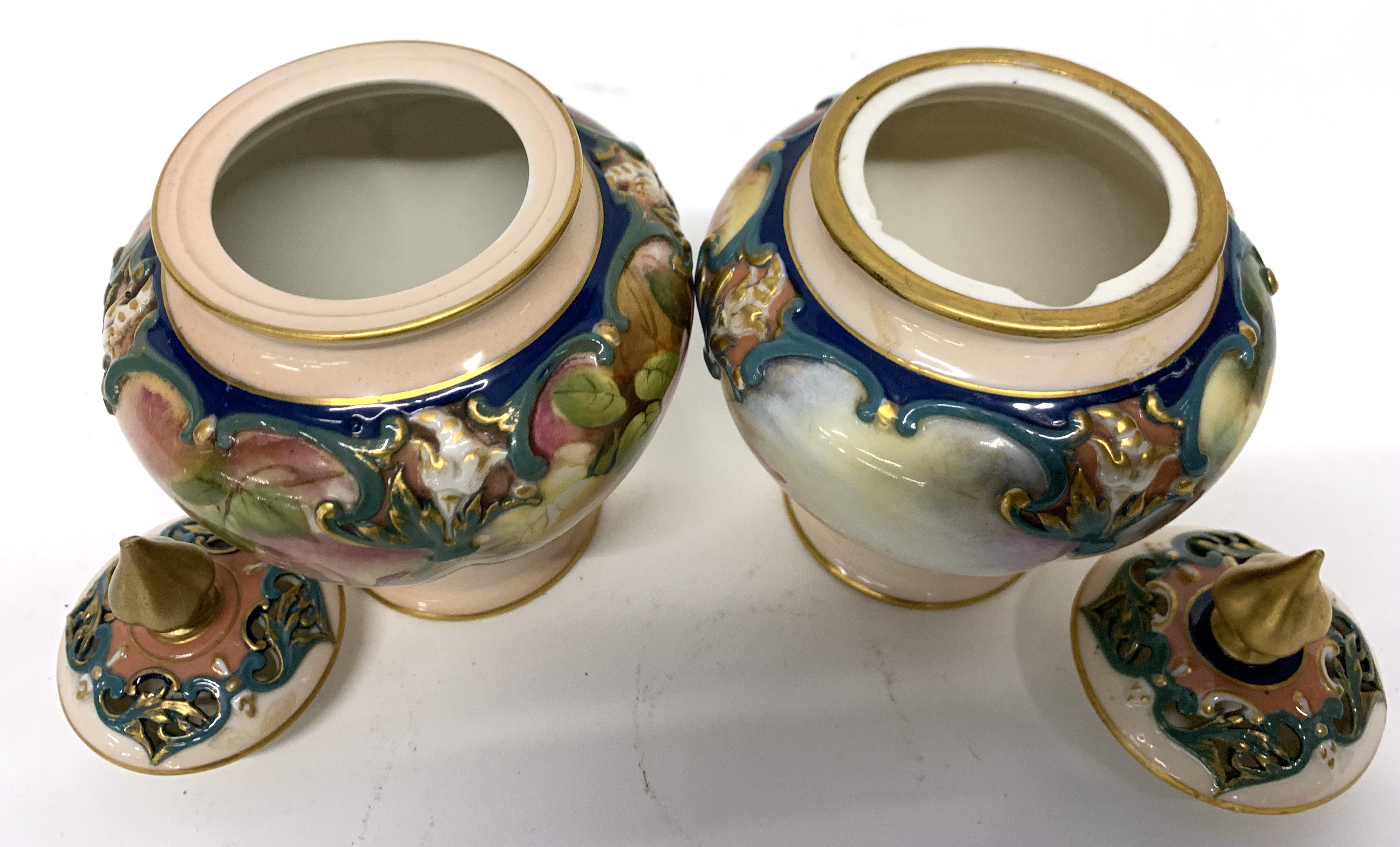 Pair of late 19th century Hadleigh Worcester vases a - Image 7 of 8