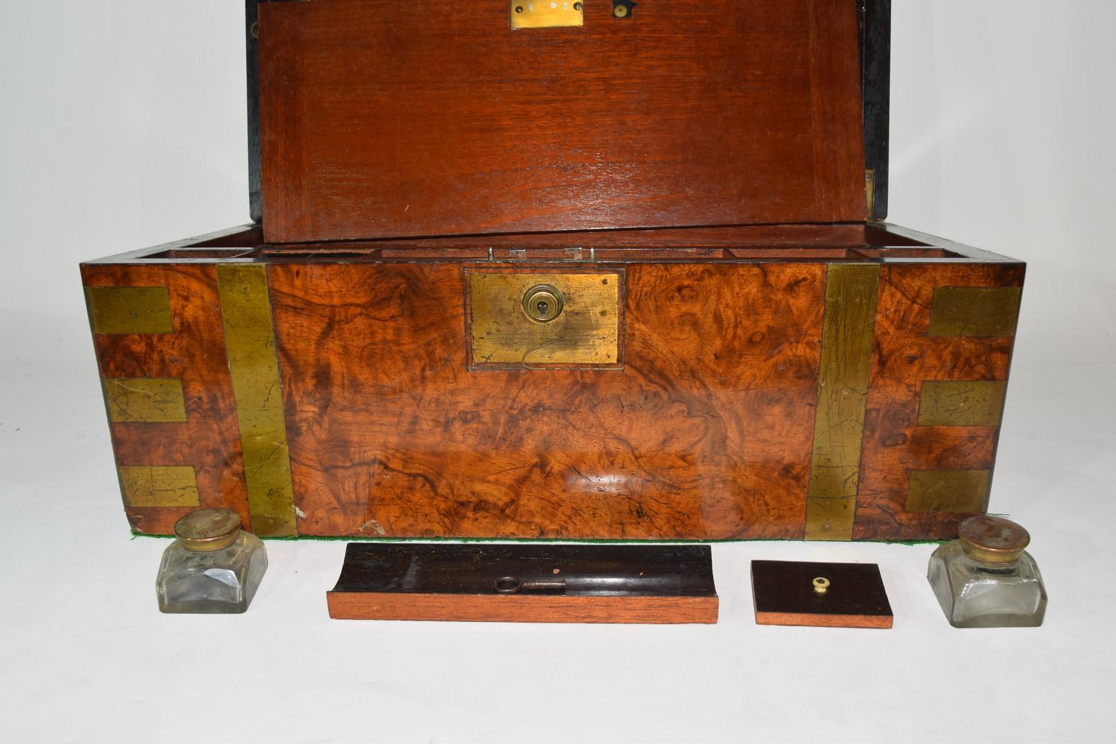 Victorian walnut veneered and brass mounted writing box - Image 9 of 10