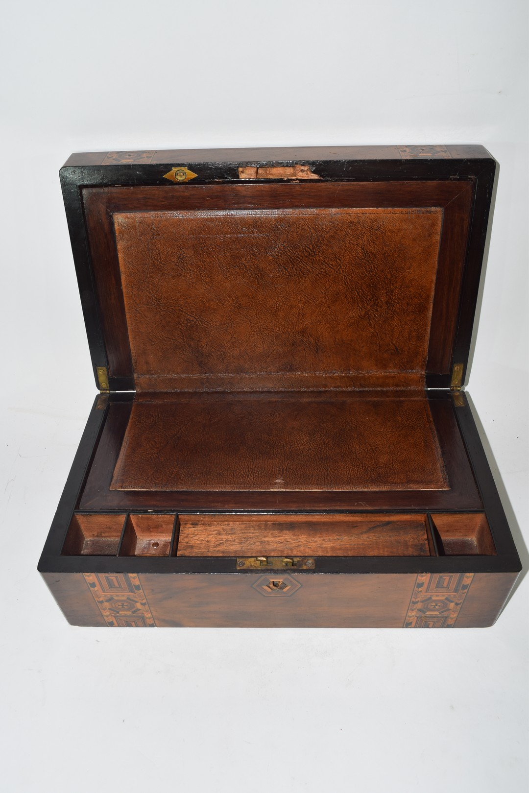 Late 19th century walnut and marquetry inlaid writing box - Image 4 of 6