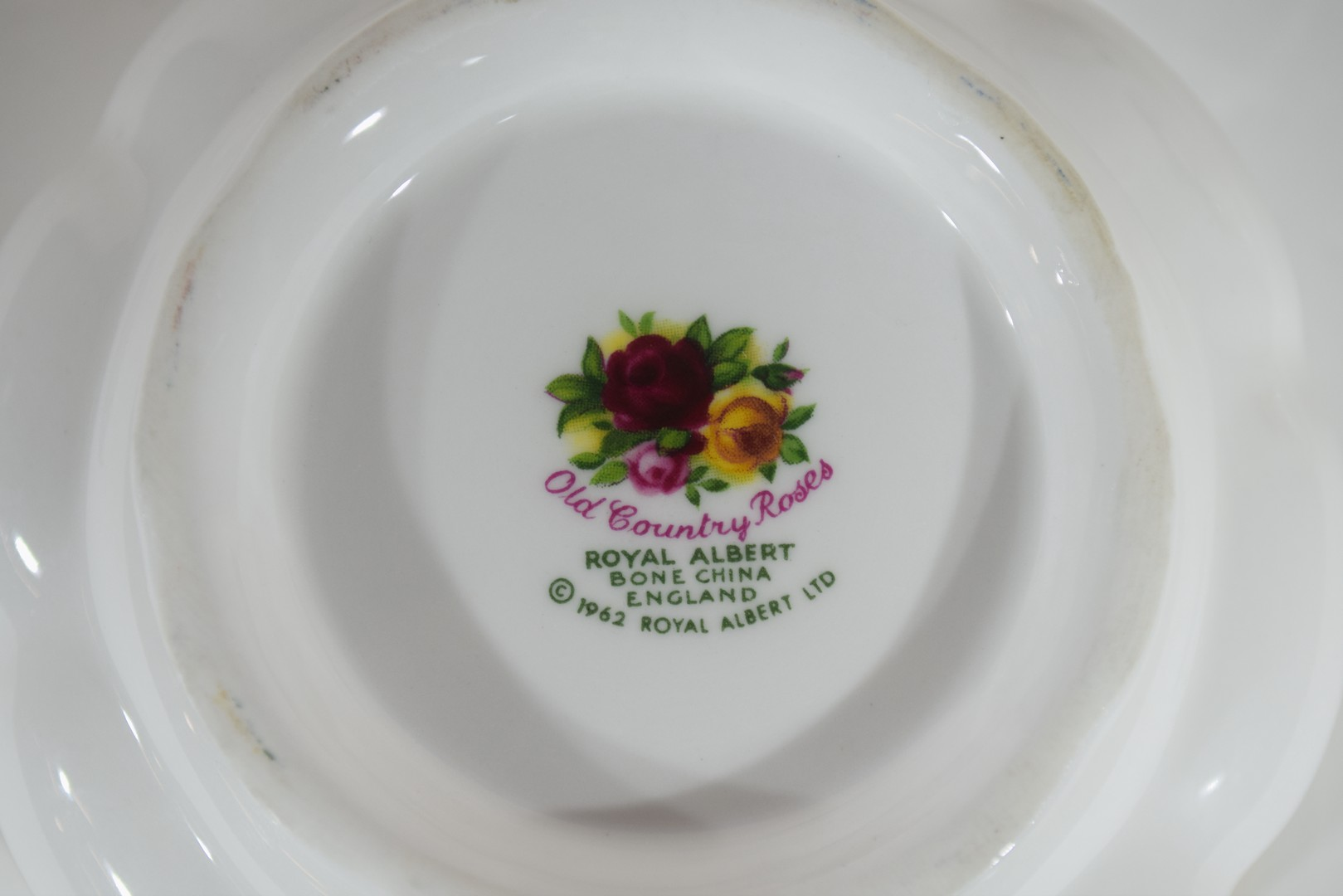 Royal Albert tea set in the Old Country Roses pattern - Image 3 of 4