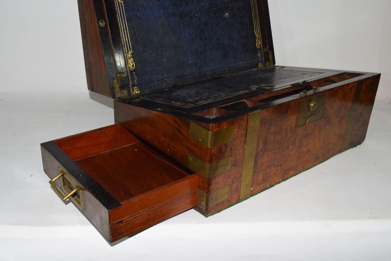 Victorian walnut veneered and brass mounted writing box - Image 2 of 10