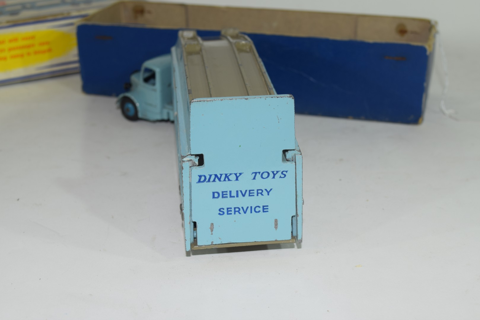 Dinky Pullmore car transporter No 982 and loading ramp, (994) - Image 4 of 7