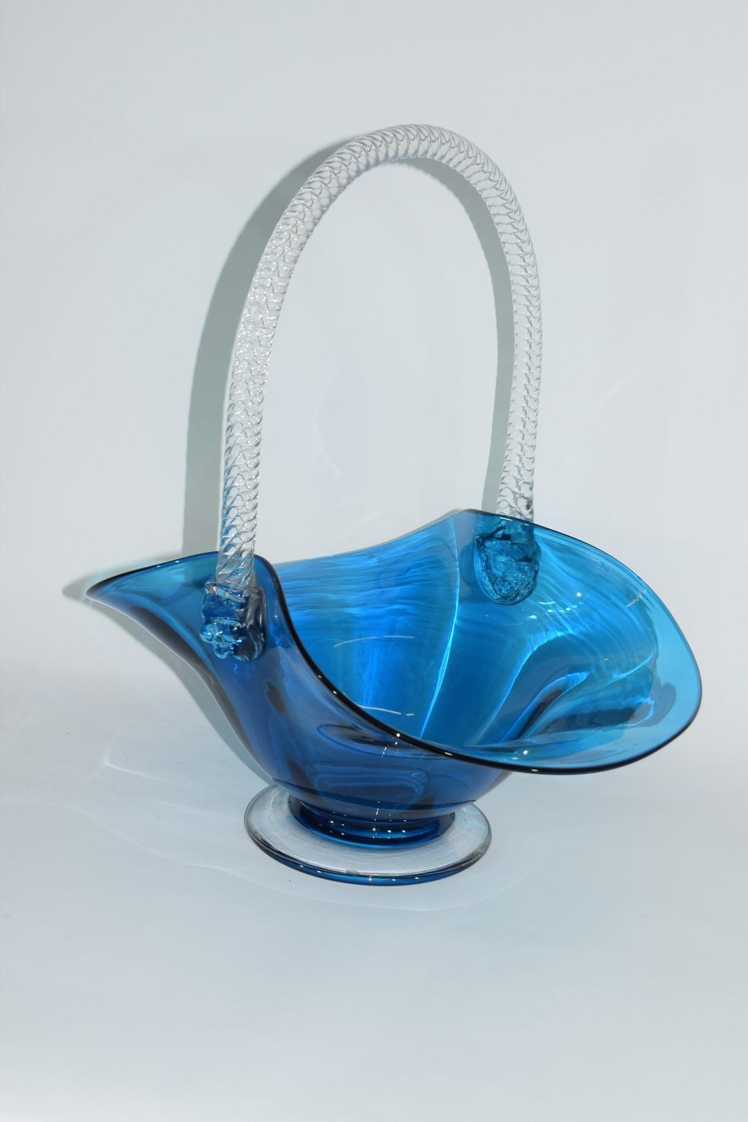 Large glass basket - Image 4 of 7