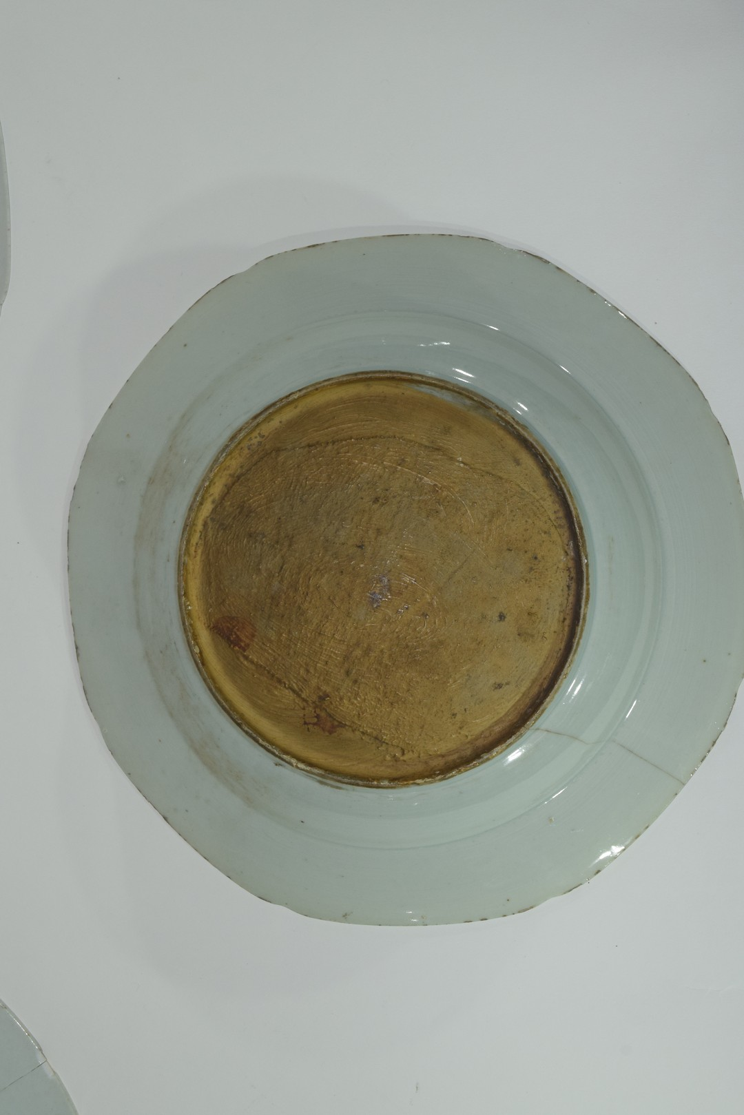 Group of Chinese export porcelain plates - Image 12 of 15
