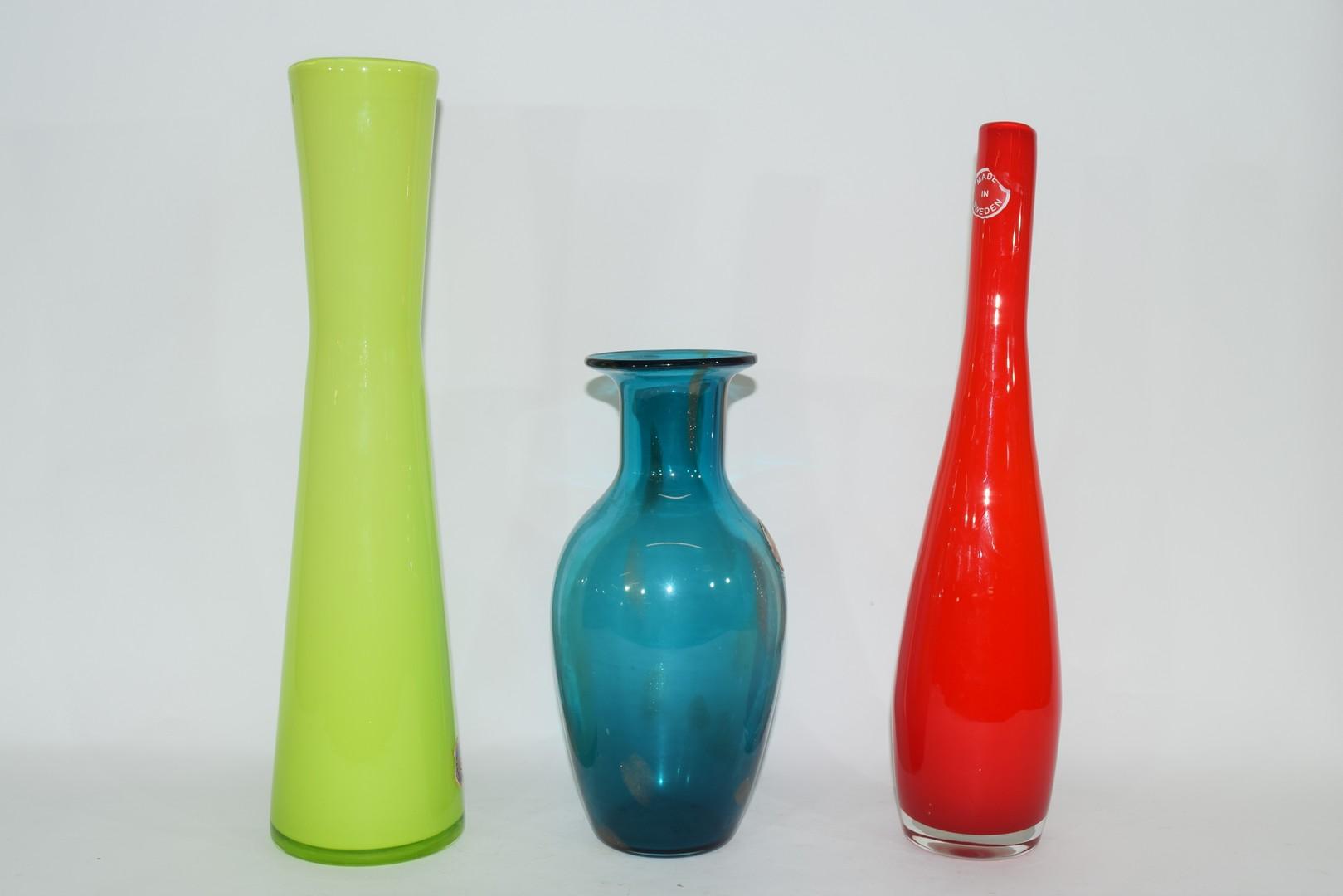 Group of three Swedish Art glass vases - Image 2 of 5