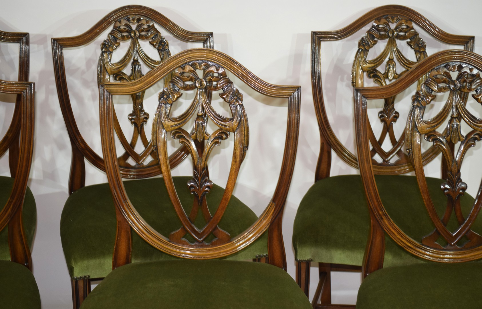 Set of six reproduction shield back dining chairs - Image 3 of 3